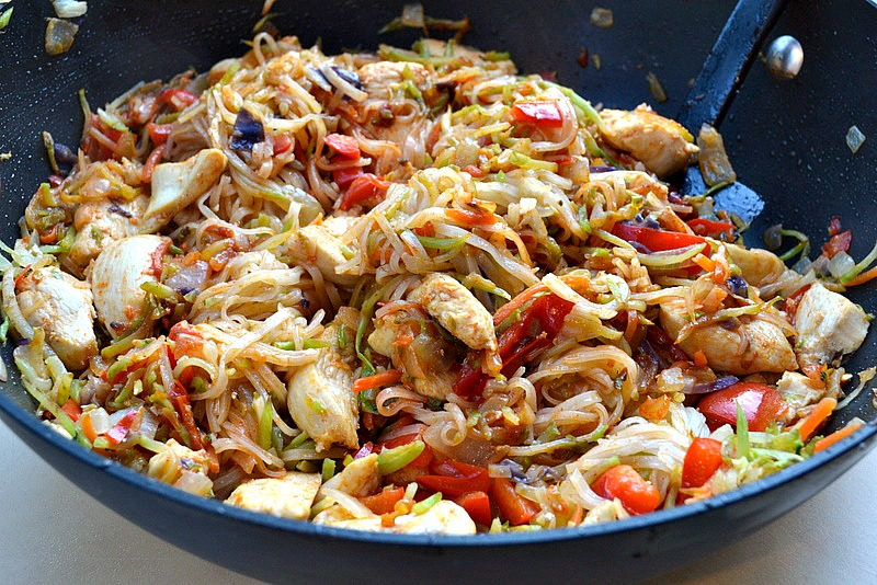 Fast food friday skinny szechuan chicken with noodles the i forumfinder Image collections