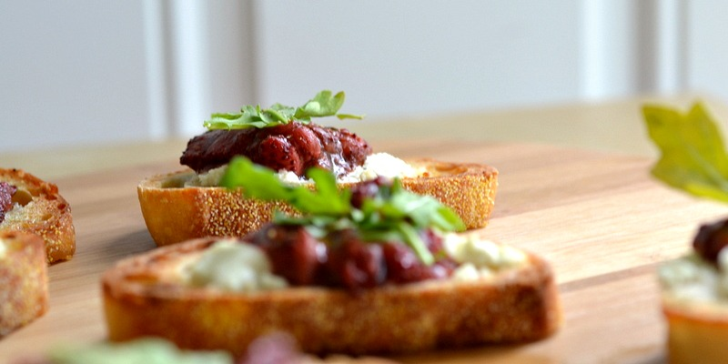 roasted balsamic strawberry goat cheese canap 232 recipe the realistic nutritionist