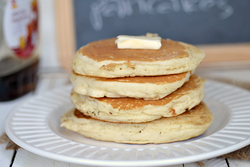 Low fat fluffy buttermilk pancakes the realistic nutritionist click ccuart Gallery