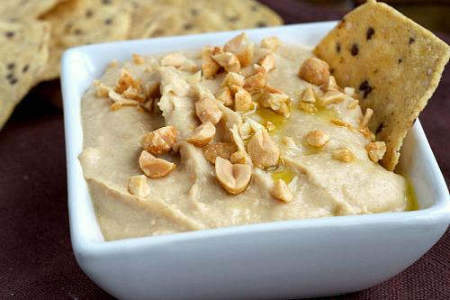 Creamy peanut butter hummus
