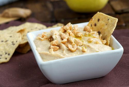 creamy peanut butter hummus2