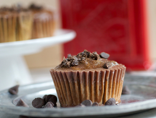 Chocolate Pumpkin Olive Oil Muffins | The Realistic Nutritionist