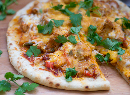 Amazing chicken curry on pizza.jpg