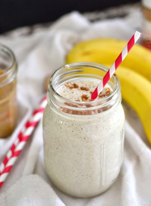 healthy banana smoothie.jpg