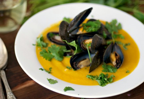 Mussels with soup