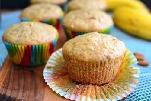 fluffy banana nut muffins