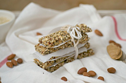 Granola bars with almond
