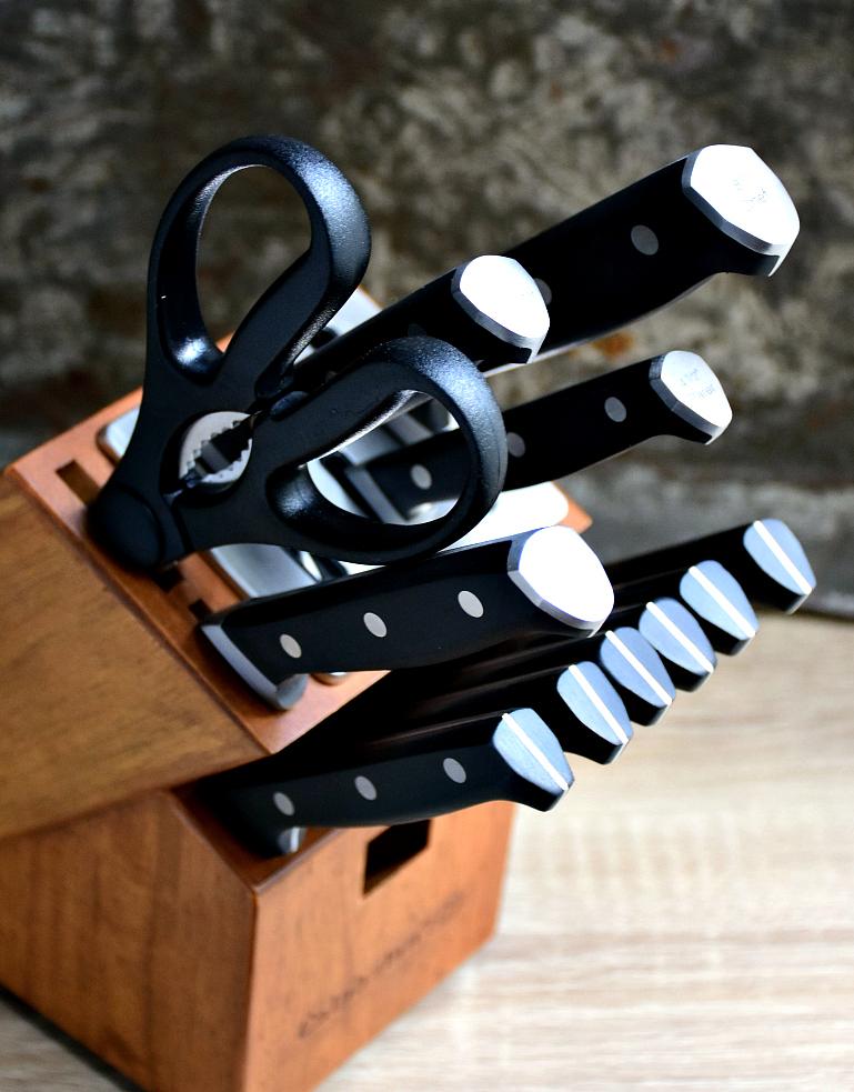 calphalon knife set giveaway