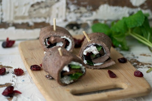 Easy steak rollups